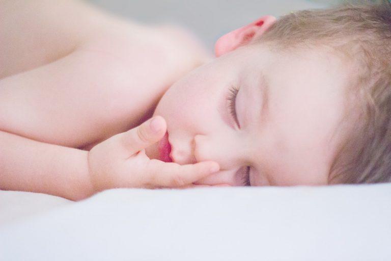 sommeil enfant 0-1 ans
