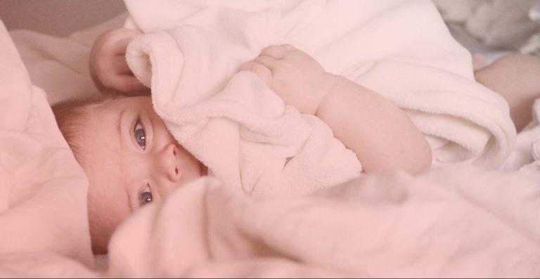 J'allaite. Est-il préférable de dormir avec bébé ?