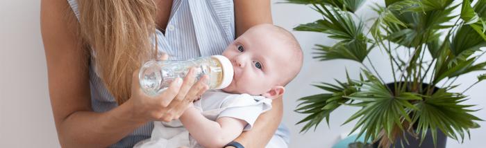 Bébé a 1 mois : Son alimentation, temps de digestion et la durée de ses tétées